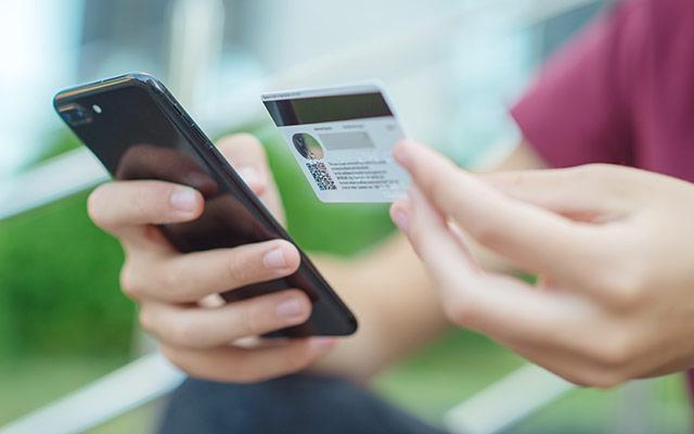 Spletni nakup prek telefona